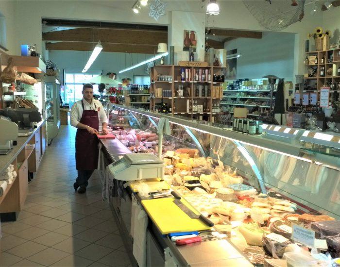 Veraendern_Erweiterung_eines_italienischen_Lebensmittelmarktes_Ottenau_3-min